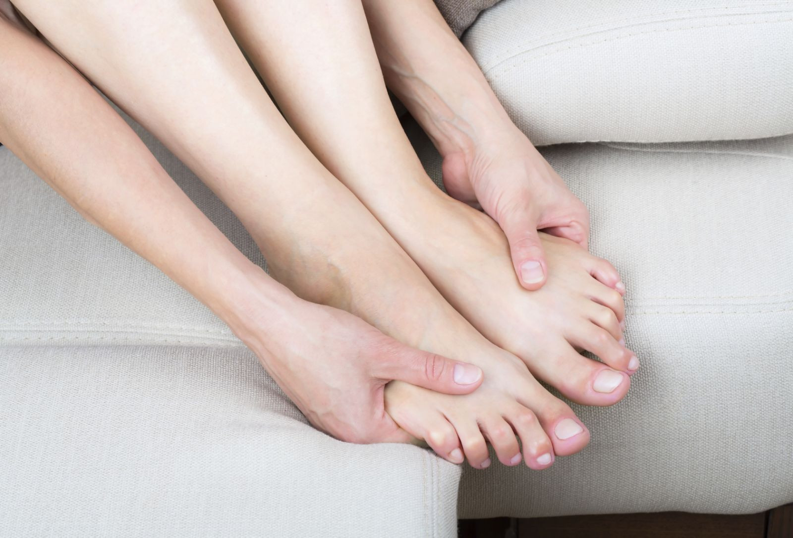 Rate Her Feet photo 19