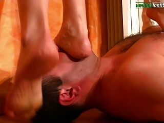 Barefoot Trample Videos photo 4