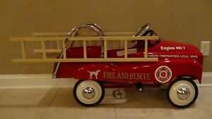 Instep Pink Pedal Car photo 15