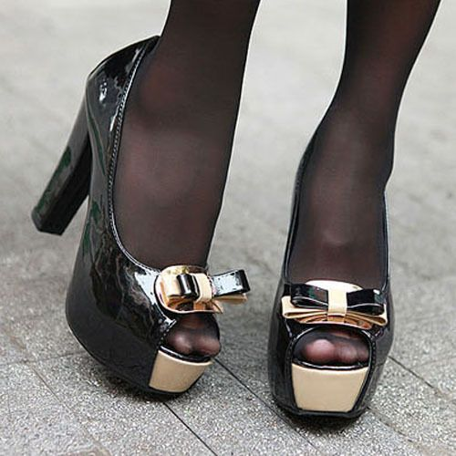 Black Stockings With Open Toed Shoes photo 19