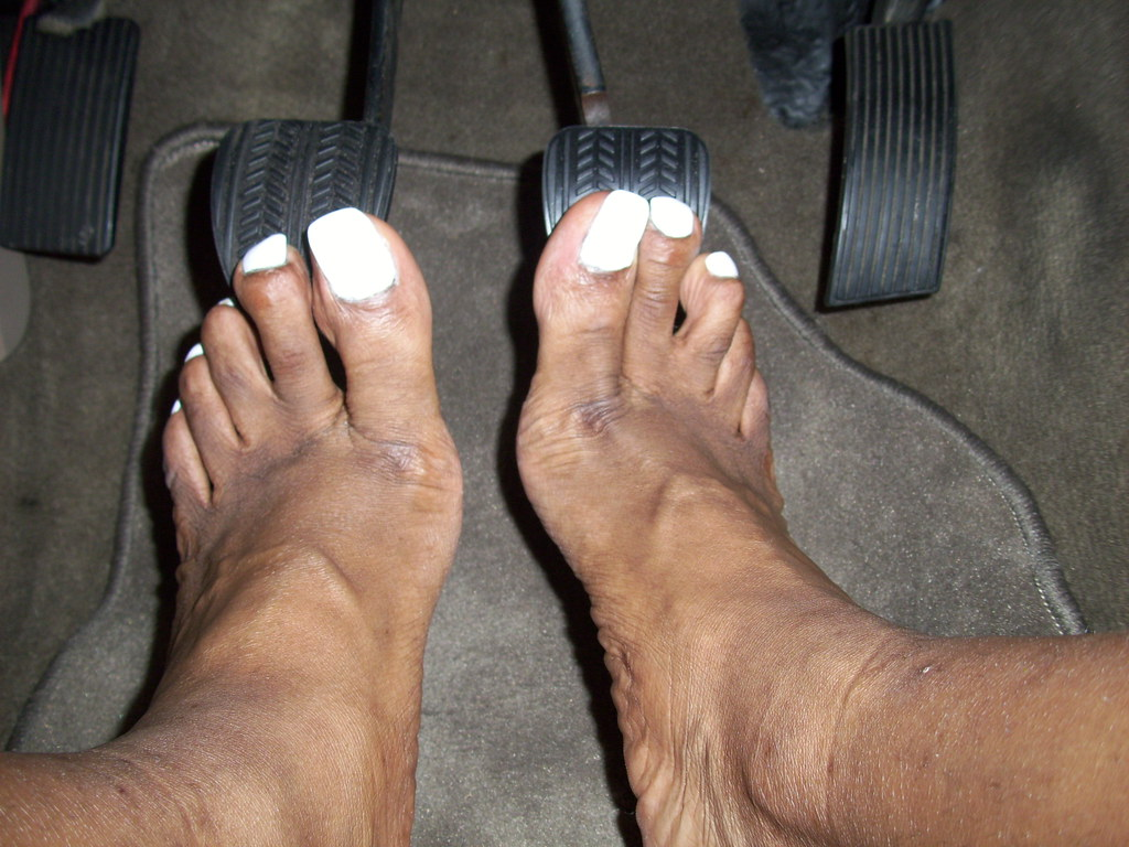 Bare Foot Pedal Pumping photo 20