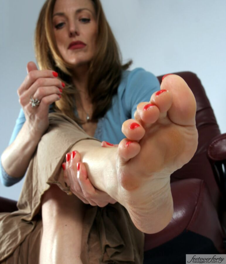 Feet Over Forty Pics photo 9
