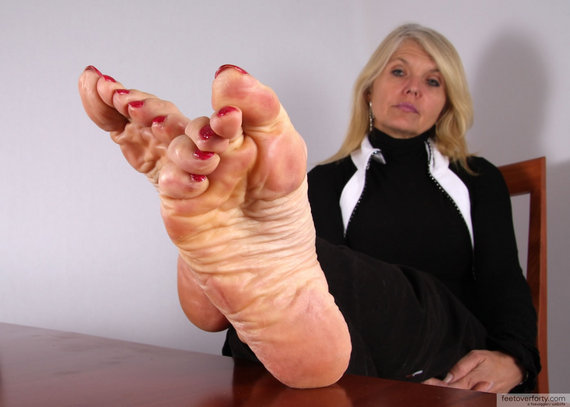 Feet Over Forty Pics photo 14