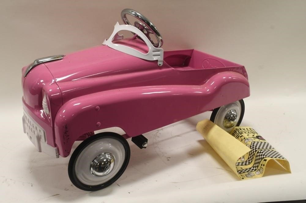 Instep Pink Pedal Car photo 20